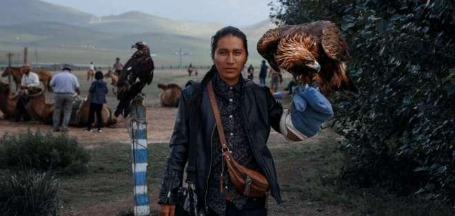 Él es Jhon Bautista, músico y fotógrafo ecuatoriano.