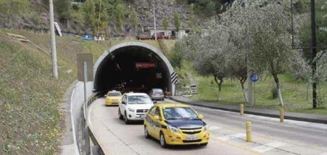 Desde el 31 de octubre al 3 de noviembre hay libre circulación de vehículos. Foto: EPMMOP.