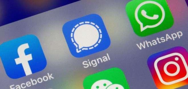 WhatsApp es parte de las aplicaciones que son propiedad de Facebook.