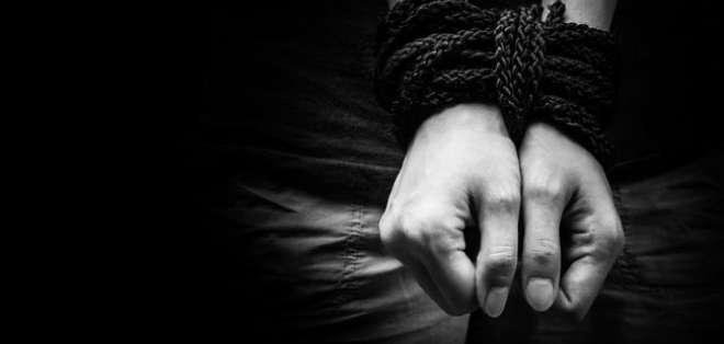 La joven habría sido víctima violación por parte del ahora procesado, durante nueve años.