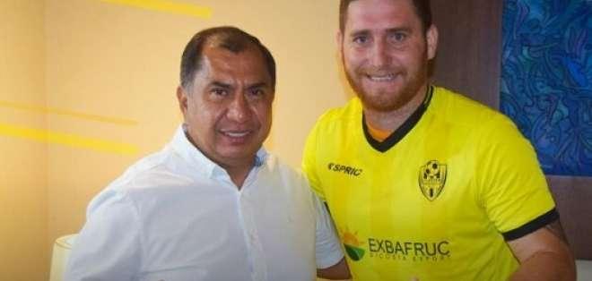 Eduardo Díaz afirmó esto luego de que el defensor firmara con Fuerza Amarilla. Foto: Tomada de @FuerzAmarillaSC