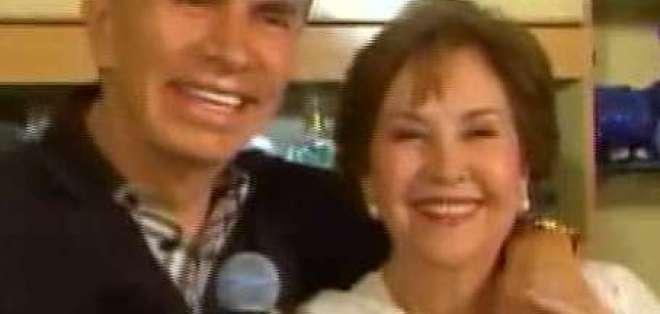 Alfonso Espinosa de los Monteros y sus 40 años de amor junto a su esposa
