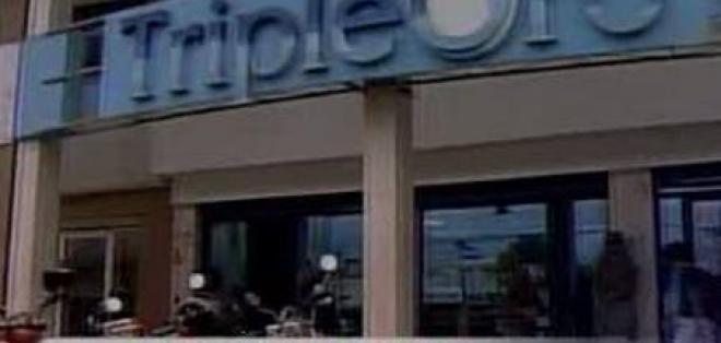 Obreros tercerizados de la empresa Triple Oro, sin trabajo