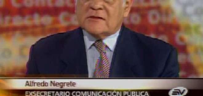 Negrete: No dar entrevistas a medios privados es un grave error político