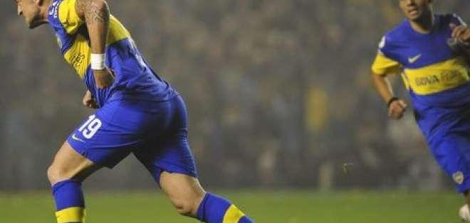 Boca Juniors da el primer paso hacia su octava final de Copa Libertadores