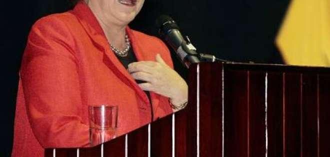 Bachelet visitó barrio de Quito en su última actividad oficial en Ecuador