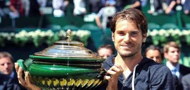 Tommy Haas obtiene su decimotercer título ATP a costa de Federer