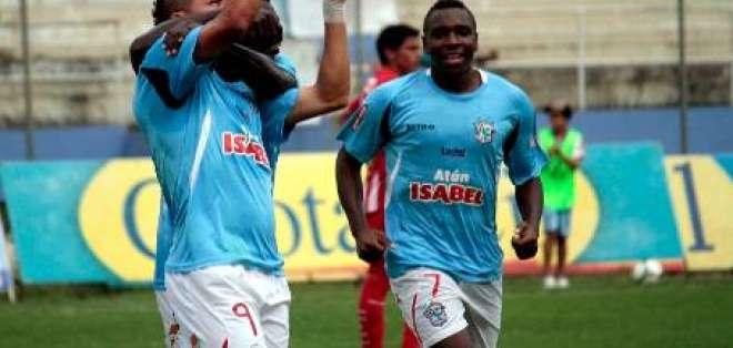 Manta vence por un gol a Técnico Universitario en el estadio Jocay