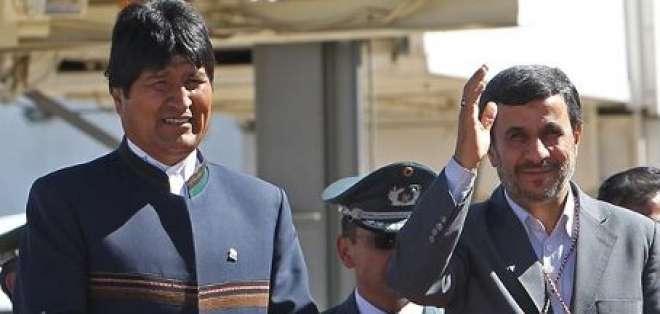 Ahmadineyad llega a Bolivia en inicio de su gira por Latinoamérica