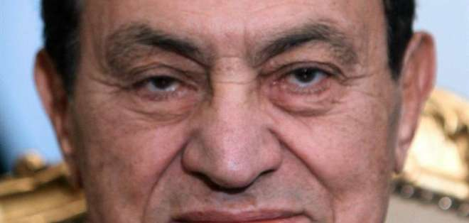 Informaciones contradictorias sobre el estado de salud de Mubarak
