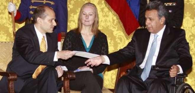 Embajadores de EEUU, España, Colombia y Malasia presentaron credenciales