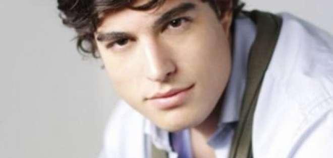 El actor Danilo Carrera formará parte de la tercera temporada de Grachi