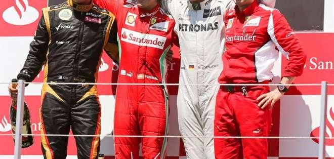 Alonso gana en Valencia y Schumacher vuelve a pisar el podio