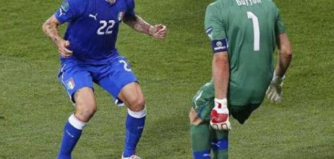Los penaltis premian el fútbol de Italia que pasa a semifinales de la Eurocopa