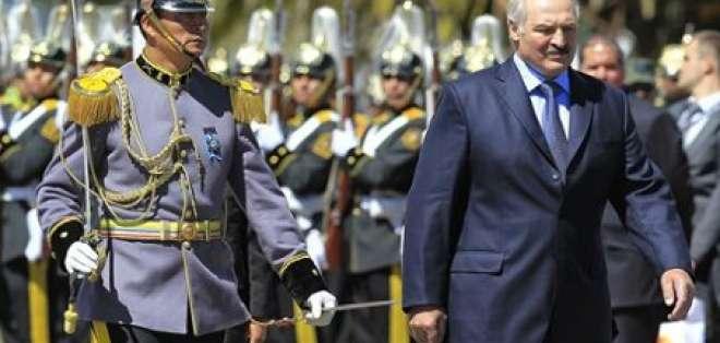 Presidente de Bielorrusia llega a Ecuador para una visita oficial