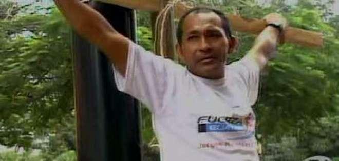 Familiares de hinchas siguen protestando en exteriores de la Corte