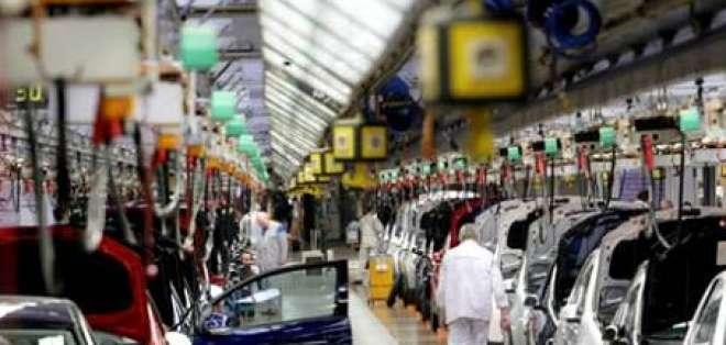 Sector automotriz tomará medidas drásticas ante limitación de importaciones