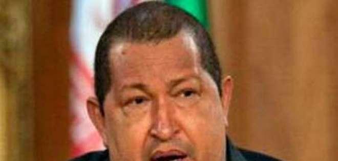 Hugo Chávez felicita a Peña Nieto por triunfo en elecciones de México