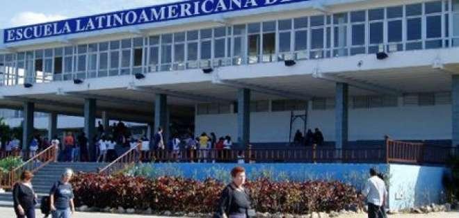 308 ecuatorianos se graduan en Escuela Latinoamericana de Medicina de Cuba
