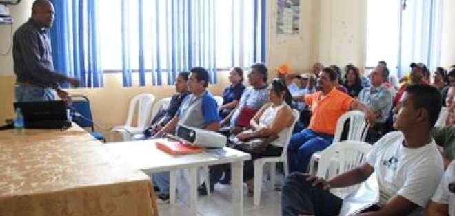 La 'Revolución Cubana' llega a la educación en Ecuador