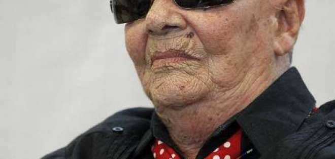 Chavela Vargas a sus 93 años es hospitalizada en Madrid por cansancio