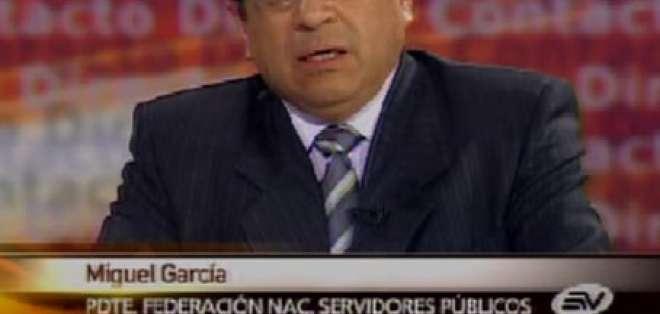 García: No es posible asumir deudas privadas y estatizarlas