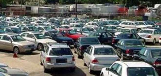 Vehículos de segunda mano suben de precio por nuevas regulaciones