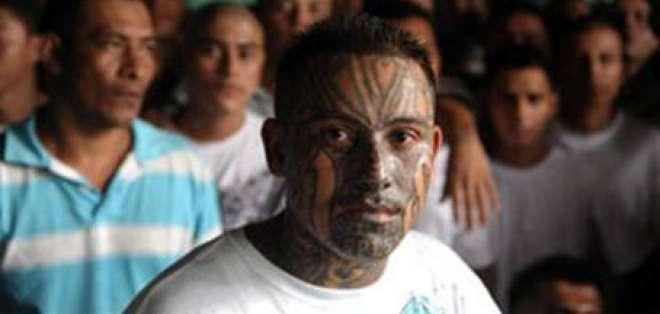 Insulza viaja a El Salvador para conocer tregua de pandillas