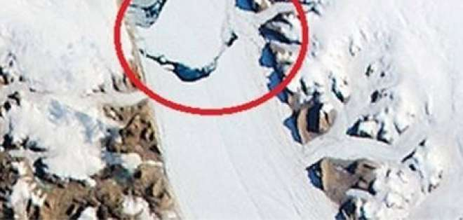 Enorme iceberg se desprendió de un glaciar en Groenlandia