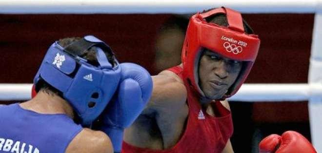 Carlos Góngora clasificó octavos de final en boxeo 81kg