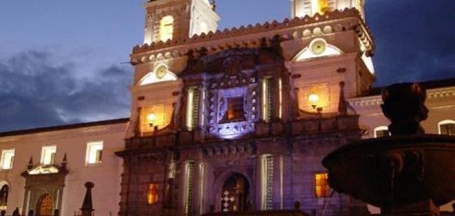 Recorra los '5 errores históricos de Quito' de Ricardo Descalzi