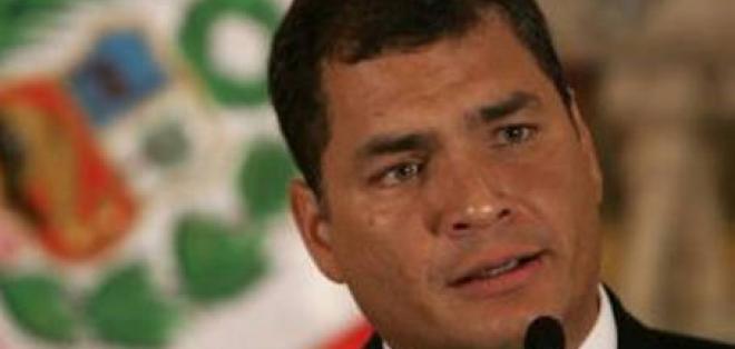 Correa dice que hay campaña para dudar de resultados en Venezuela