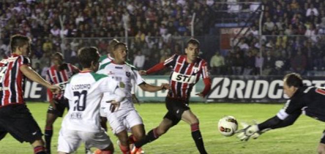 Sao Paulo recibe a Liga de Loja sin su principal goleador