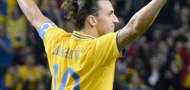 Ibrahimovic da un recital y Francia se reivindica ante Italia