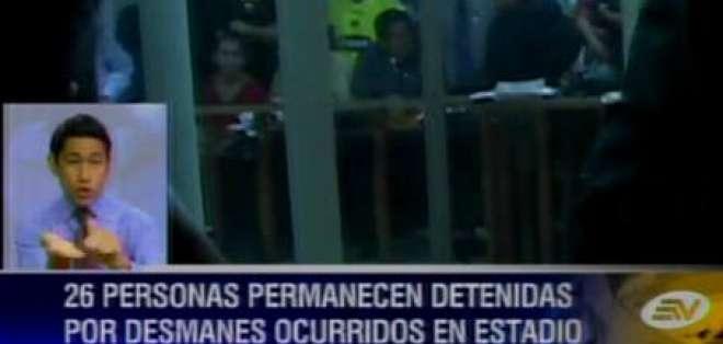 26 personas permanecen detenidas por desmanes en el Monumental