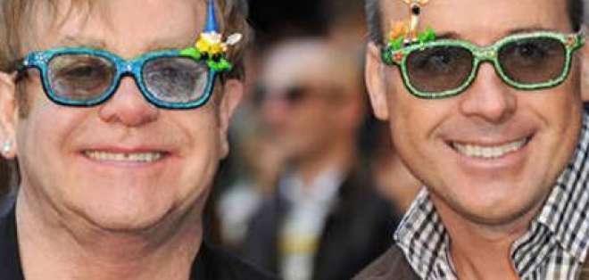 Elton John, 'entusiasmado' por el nacimiento de su segundo hijo