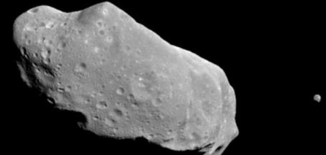 NASA descarta impacto de asteroide DA14 con la Tierra