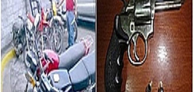 Dos detenidos por robo de motocicletas