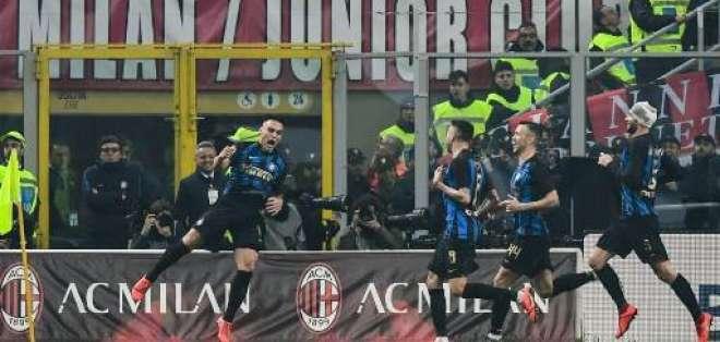 Festejo de un tanto del Inter.