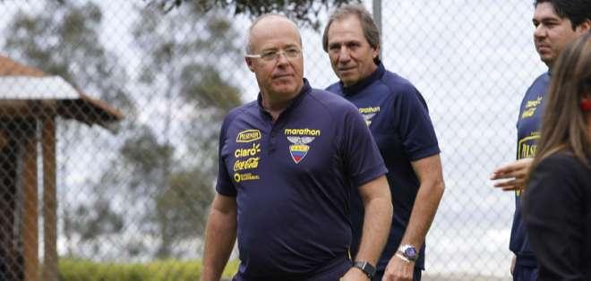 El entrenador de la selección sub-20 asegura que quiere continuar en su cargo. Foto: API