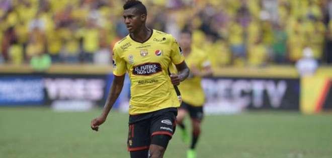 José Ayoví, delantero ecuatoriano.