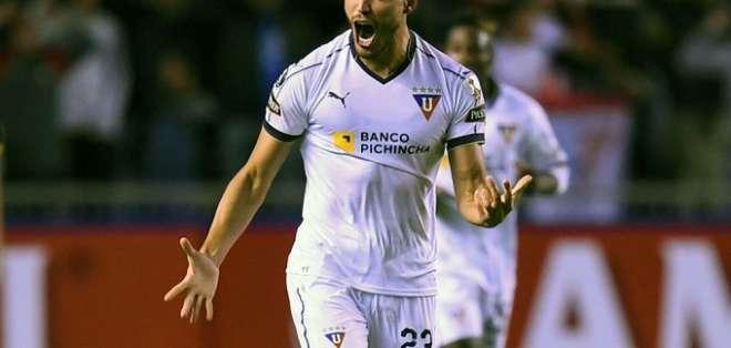 Jugador de Liga tras marcar un gol.
