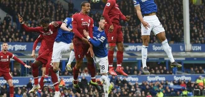 El Derby quedó igualado sin goles.