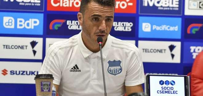 El técnico también informó que la explosión azul será el 30 de enero ante Sporting Cristal. Foto: API