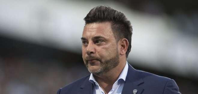 Rival de Emelec en Libertadores con nuevo DT