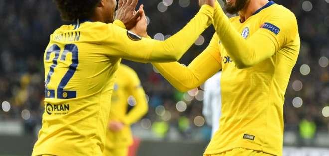 El conjunto inglés goleó, el italiano sufrió y el español ganó agónicamente. Foto: Sergei SUPINSKY / AFP