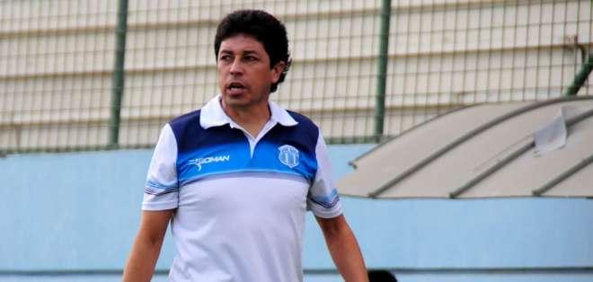Paúl Vélez, entrenador ecuatoriano.