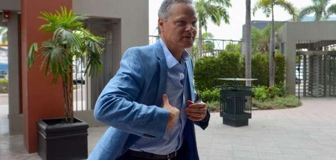 Esteban Paz, dirigente de los albos.