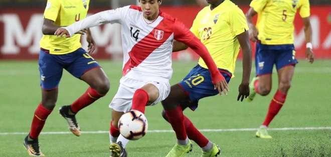 Ecuador no pudo ante Perú en Lima.