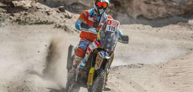 Juan José Puga durante su participación en el Dakar